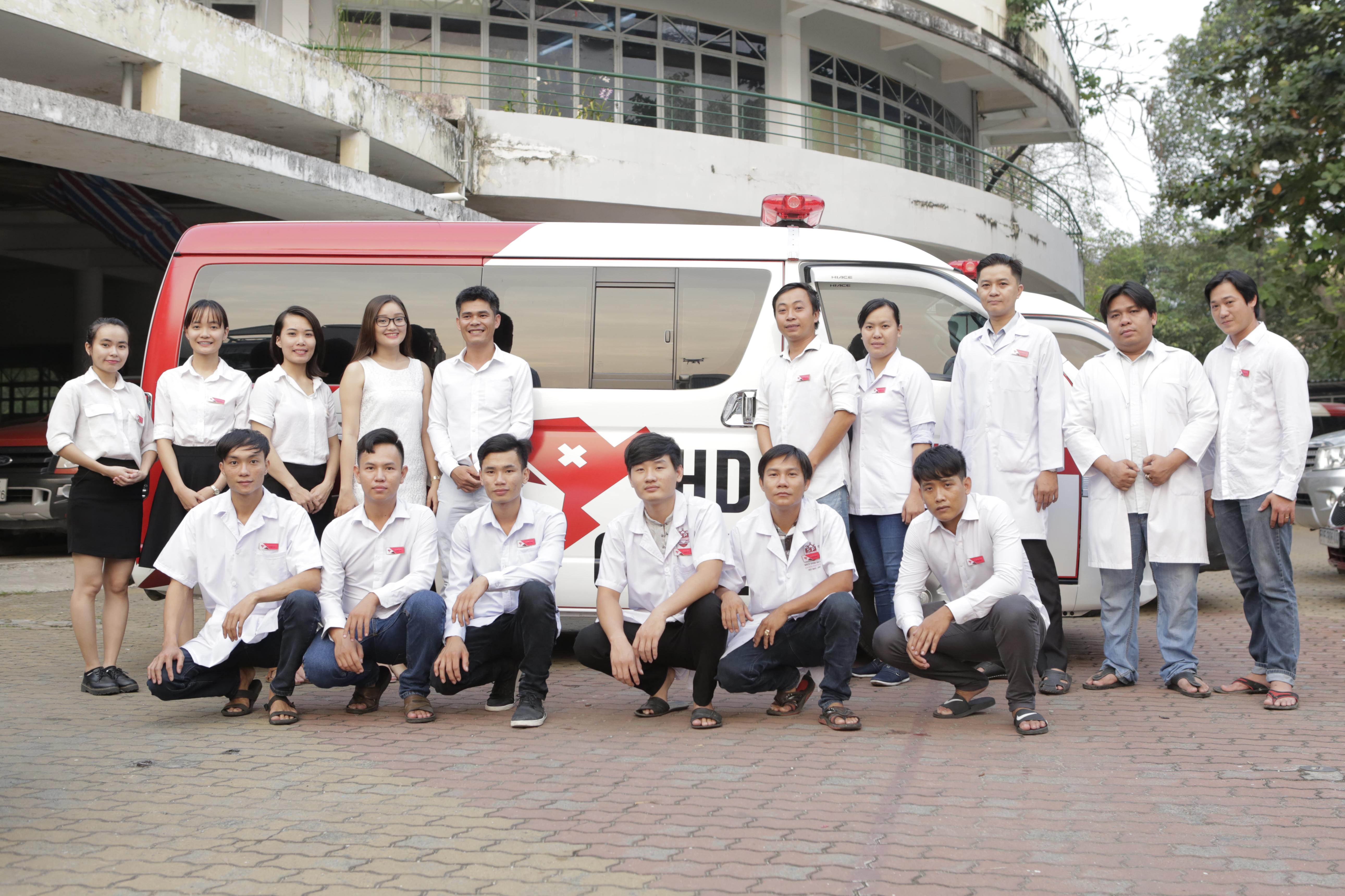 Đội ngũ ekip xe cứu thương HD Care