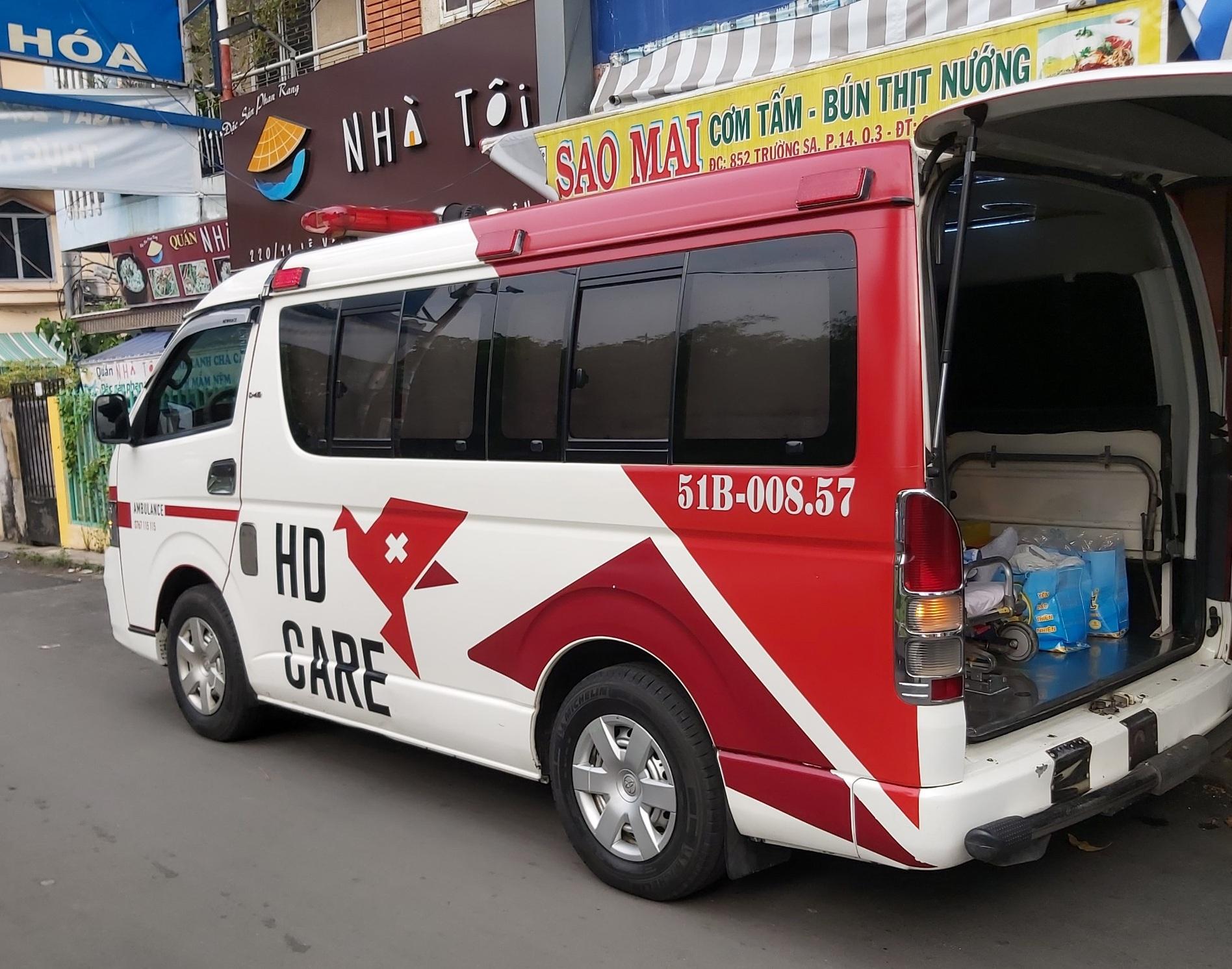 Xe cứu thương 115 HDCare